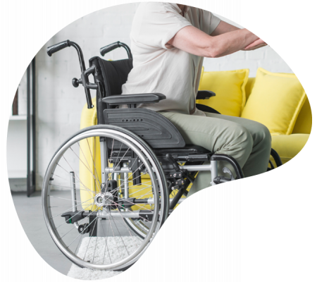 Personne à mobilité réduite en chaise roulante